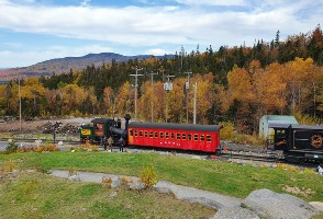 1-Day Boston to Talcott Mountain National Park, Essex Steam Train & Riverboat Ride Tour