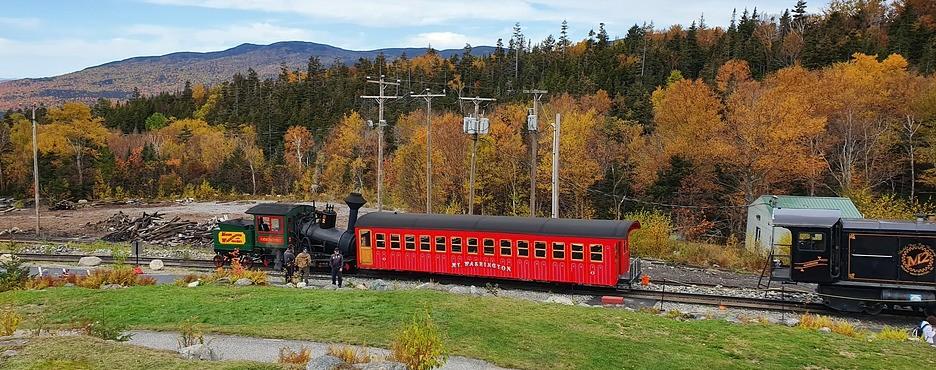 1-Day Boston to White Mountain National Forest and Cog Railway Tour