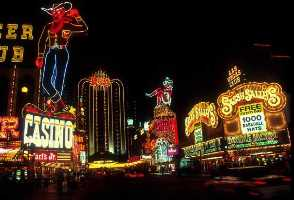 1-Day Las Vegas to Grand Canyon West Rim, Hoover Dam and Skywalk Tour