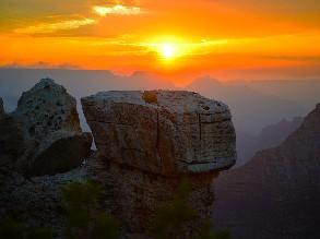1-Day Las Vegas to Grand Canyon West Rim Sunset Watching Tour