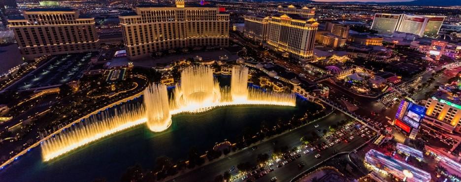 1-Day Las Vegas to Premium Outlets Shopping Tour