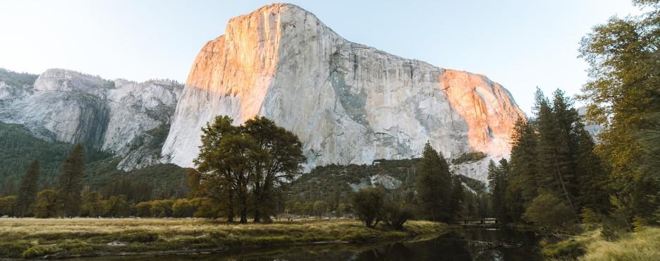 10-Day Los Angeles to Monterey, Yosemite, Grand Canyon West/South Rim, Las Vegas, San Francisco, Berkeley University and Theme Park Tour (Free Airport Pickup)