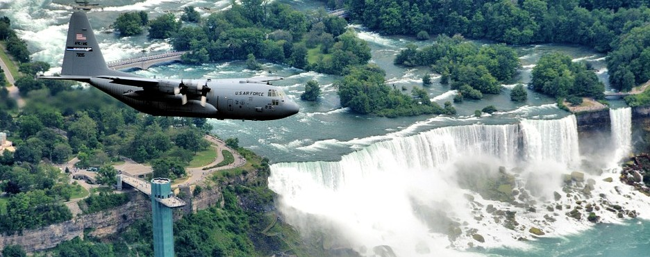2-Day Boston to Niagara Falls and Cave of the Winds Tour
