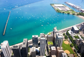 2-Day Chicago to Michigan Avenue, Chicago Theatre and Chicago City In-depth Tour (Free Airport Pickup)