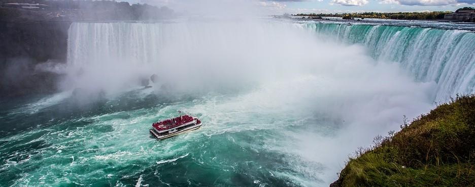 2-Day Chicago to Niagara falls In-Depth Tour