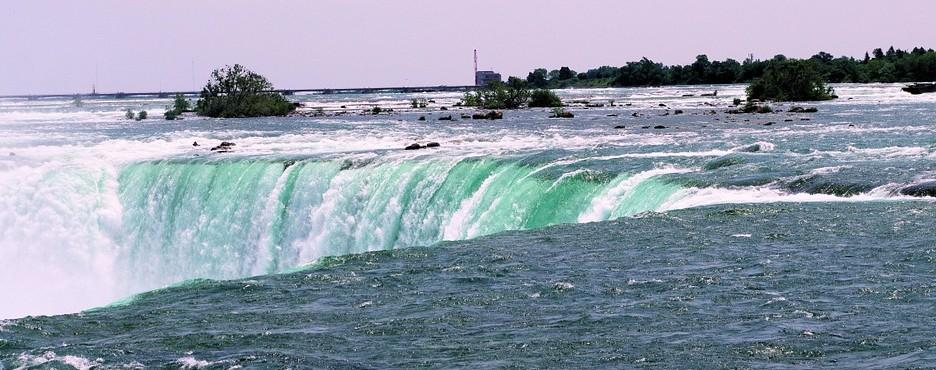 2-Day From Boston to Niagara Falls, Seneca Lake and Millennium Glen Tour