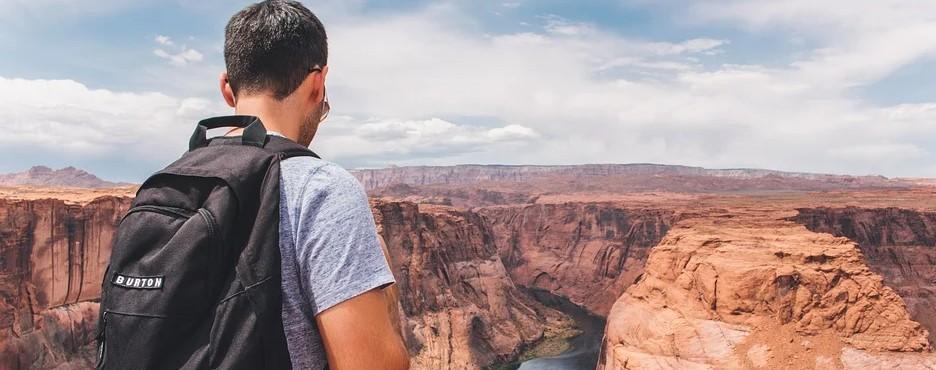 2-Day Las Vegas to Grand Canyon, Antelope Canyon and Lake Powell Cruise Tour