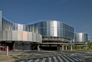 2-Day New York/New Jersey to Corning Glass Museum and Niagara Falls In-depth Tour