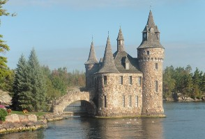 3-Day New York/New Jersey to Montreal, Thousand Islands, Ausable Chasm and Ottawa Tulip Festival Tour