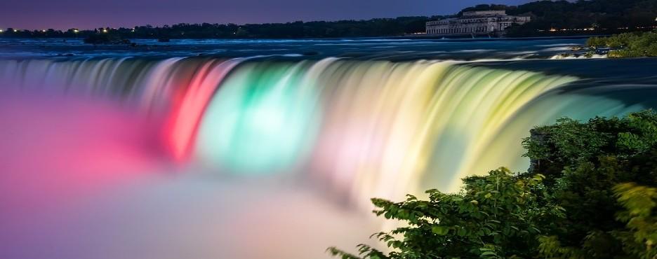 3-Day New York/New Jersey to Philadelphia, Niagara Falls, Corning and Washington D.C Cherry Blossom Tour