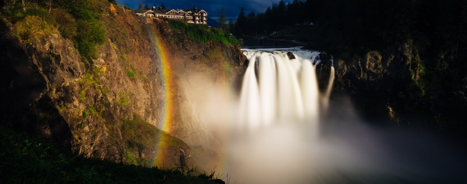 3-Day Seattle to Leavenworth German Town, Snoqualmie Falls, Olympic NP and Seattle City Tour