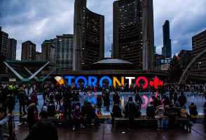 3-Day New York to Toronto, 1000 Islands, Niagara Falls, Outlet Shopping and Finger Lakes Tour