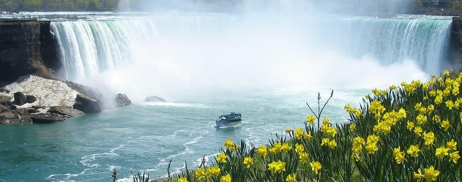 4-Day Philadelphia to Washington DC, Niagara Falls, Corning Museum of Glass and Watkins Glen Tour