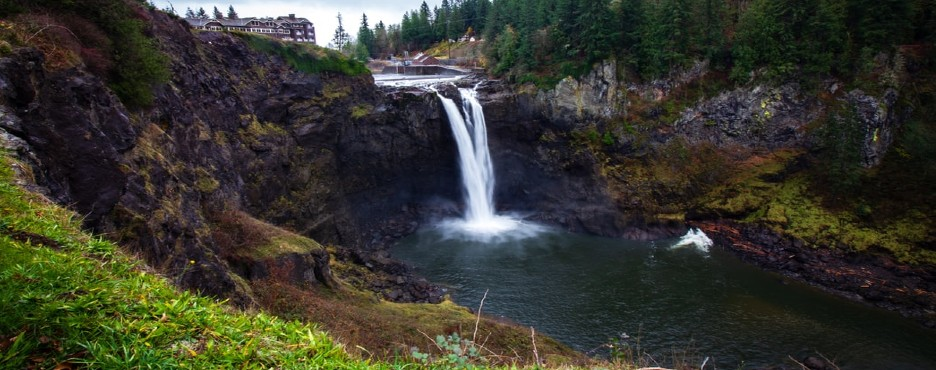 4-Day Seattle to Snoqualmie Falls, Leavenworth German Town, Olympic and Mount Rainier National Park Tour