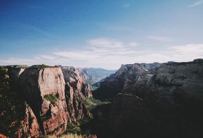 5-Day Las Vegas to Grand Canyon National Park, Zion National Park, Arches National Park, Monument Valley, Bryce National Park and Powell Lake Tour