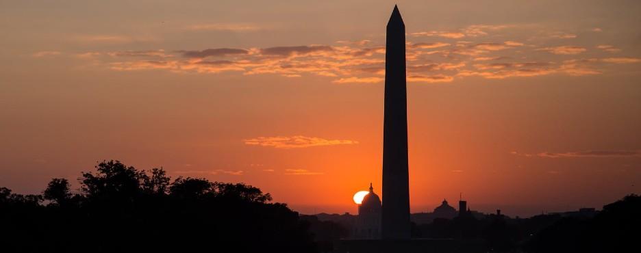 5-Day New York to Washington DC, Philadelphia, Corning, Niagara Falls and New York City Tour (Free Airport Pickup)