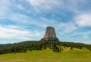 5-Day Salt Lake City to Devil's Tower, Grand Teton, Mt. Rushmore, Yellowstone National Park and Crazy Horse Memorial Tour