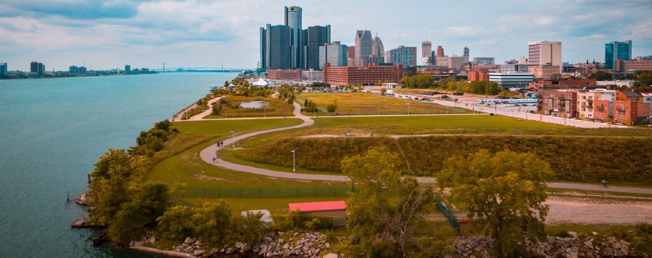 6-Day Chicago to Cleveland, Detroit, New York City, Philadelphia, Pittsburgh, Washington DC, Watkins Glen State Park and Niagara Falls In-Depth Tour