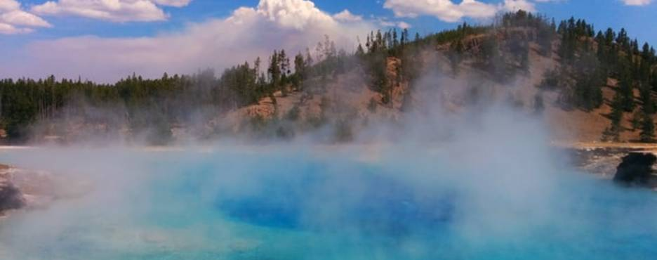 6-Day Salt Lake City to Las Vegas, Yellowstone, Hoover Dam, Barstow Outlet and Grand Canyon West Rim Tour - LA Out (Free Airport Pickup)