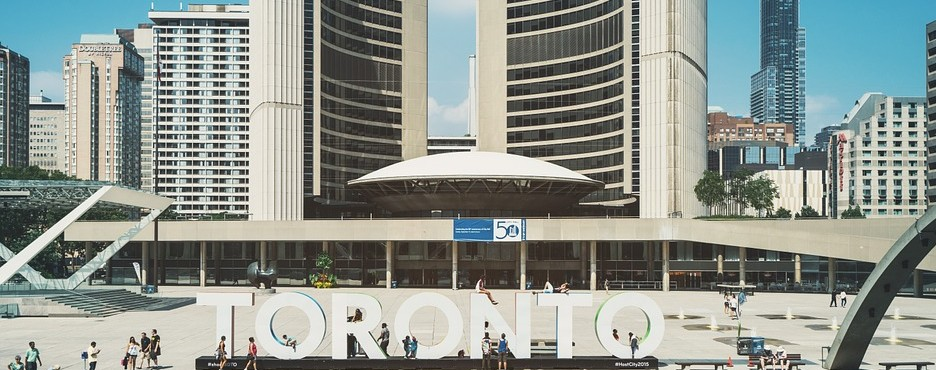 7-Day Tour to Niagara Falls, Toronto, Ottawa, Montreal, Thousand Islands from Philadelphia