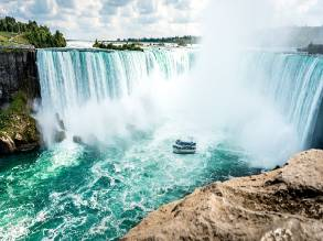 2-Day New York to Niagara Falls Canada Winter Festival Tour