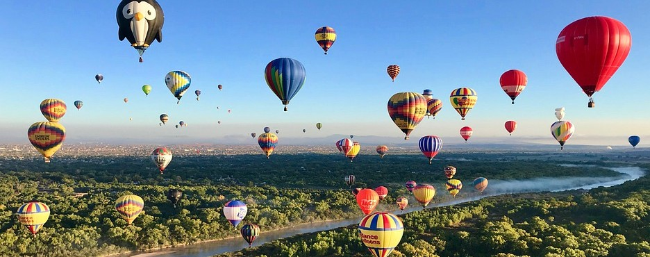 8-Day Los Angeles/Las Vegas to Palm Springs Outlets, Las Vegas, Grand Canyon, Antelope Canyon, Arches, Saguaro, Albuquerque and White Sands National Park Tour