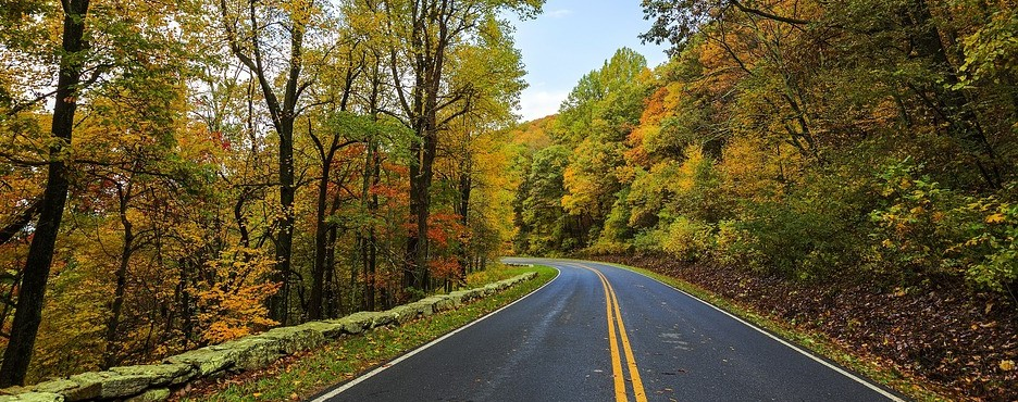 4-Day New York/New Jersey to Pigeon Forge, Chattanooga, Luray Caverns, Natural Bridge, Great Smoky Mountains and Shenandoah National Park Tour