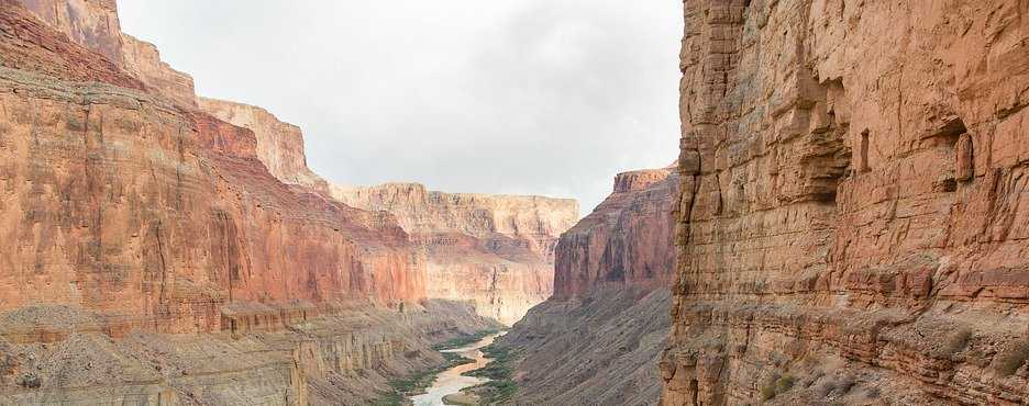 4-Day Los Angeles/Las Vegas to Valley of Fire State Park, Death Valley and Grand Canyon West Rim Skywalk Tour