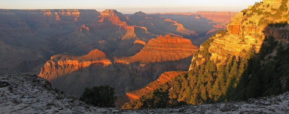 8-Day Las Vegas to Grand Canyon South/West Rim, Los Angeles, Yosemite National Park, San Francisco and California Theme Parks Tour (Free Airport Pickup)