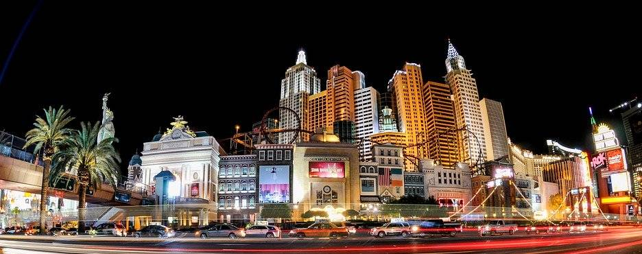 4-Day Las Vegas to Grand Canyon South Rim/West Rim Skywalk, Hoover Dam and Las Vegas In-depth Tour