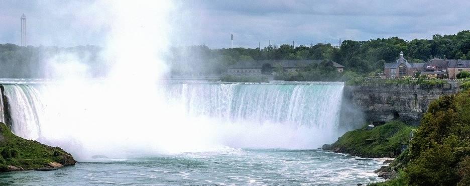 7-Day Boston to Niagara Falls, New Haven, Philadelphia, New York and Washington DC Tour (Free Airport Pickup)