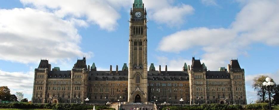 7-Day Boston to New York, Philadelphia, Washington DC, Niagara Falls, Montreal, Toronto, Ottawa and Quebec City Tour