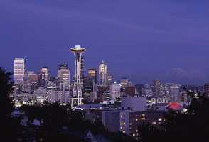 1-Day Seattle to Space Needle, Pike Place Market, Pioneer Square and Museum of Flight Tour