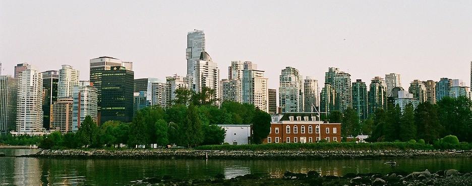 5-Day Vancouver to Rocky Mountain, Lulu Island, Glacier Skywalk, Banff & Lake Louise Tour