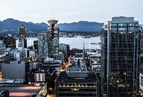 1-Day Vancouver to Gastown, Olympic Cauldron, Vancouver Convention Center and Waterfront area Tour