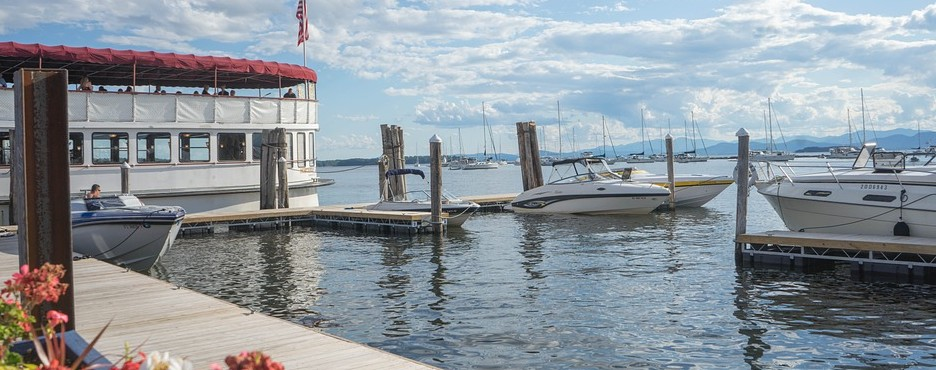6-Day Boston to Ogunquit, Plymouth, Whiteface Mountain, Lake Champlain and Vermont Route Fall Foliage Tour (Free Airport Pickup)