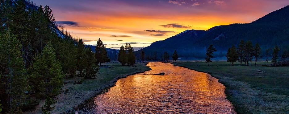 6-Day Los Angeles to Yellowstone National Park, Antelope Canyon, Grand Teton, Salt Lake City and Las Vegas Tour